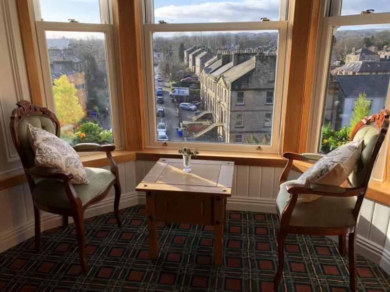 castle-walk-BB-double-room-superior-10